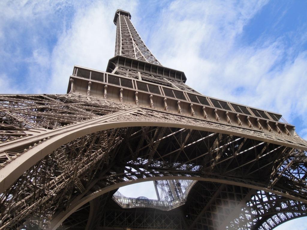 как уберечься от мошенников Париж