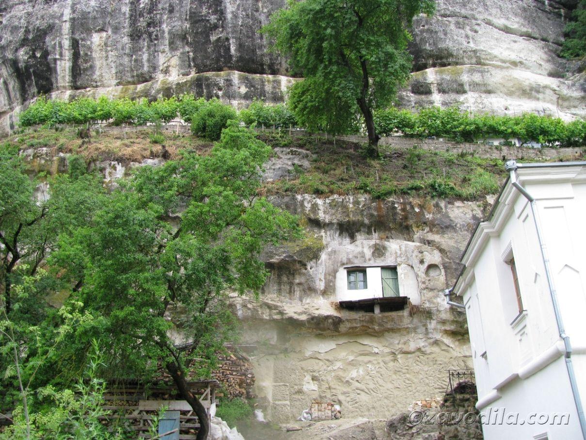 Крым православный — Свято-Успенский монастырь в Бахчисарае