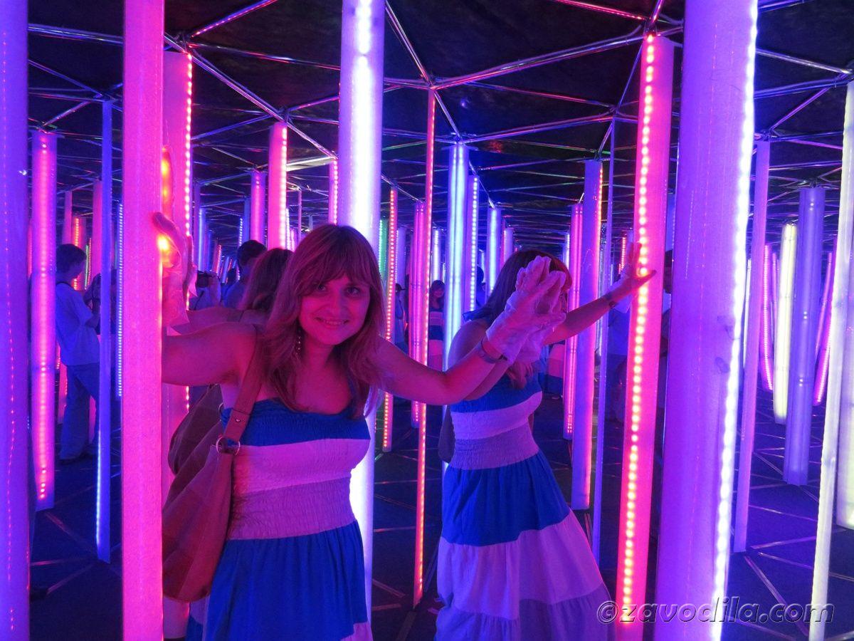зеркальный лабиринт Дрим Таун