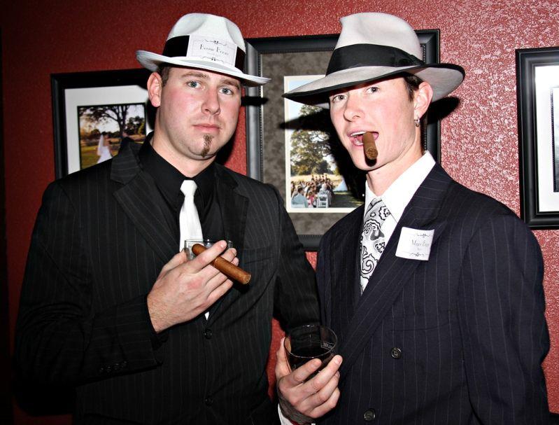 Гангстерская вечеринка: фото, костюмы, сценарий и оформление, аксессуары, дресс-код