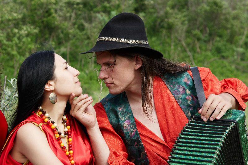 цыганская вечеринка, сценарий, костюмы, меню, конкурсы, наряд