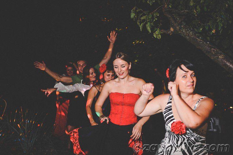 тематическая испанская вечеринка, фото, сценарий, что одеть, меню, приглашение, конкурсы