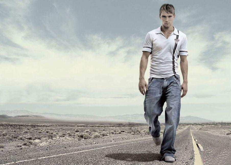 как определить характер человека по походке и осанке, виды походок