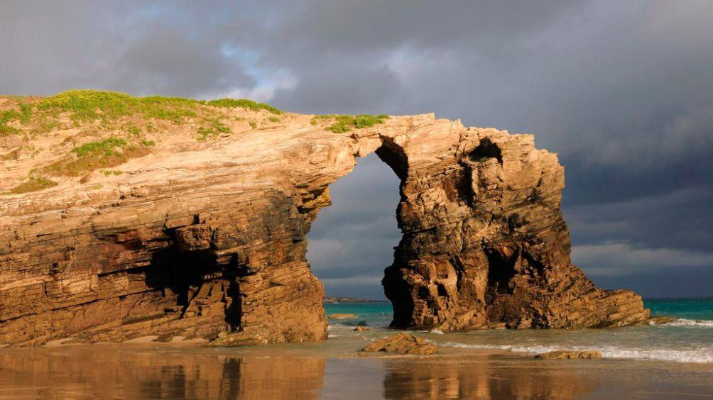 лучшие необычные и удивительные пляжи Европы