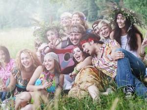 хиппи вечеринка: костюмы, оформление, сценарий