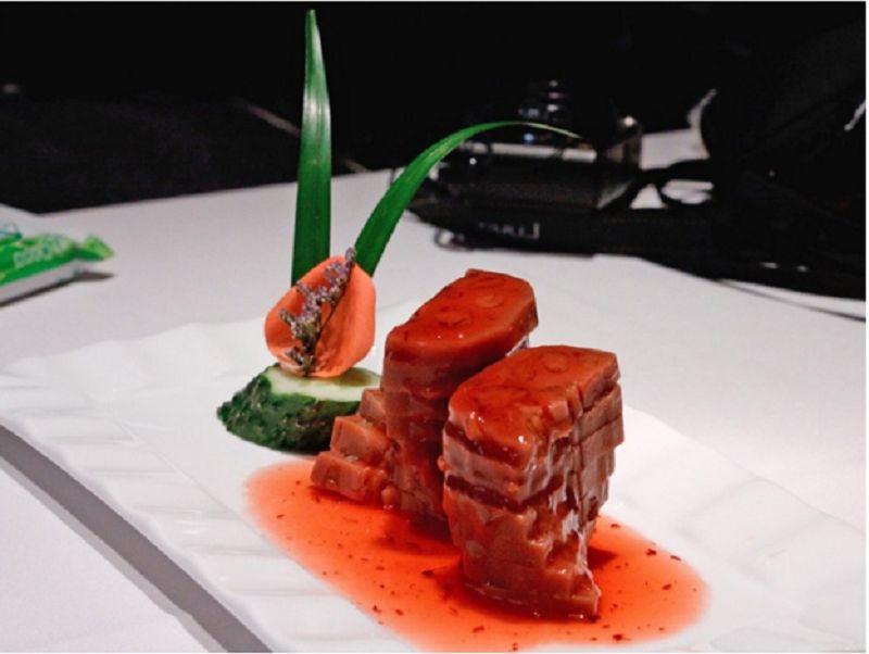 Топ китайских блюд, которые должен отведать каждый турист Поднебесной