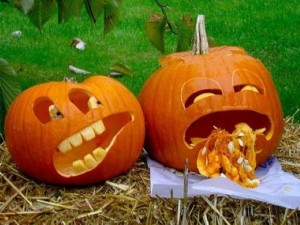 игры и конкурсы для взрослых на Хэллоуин