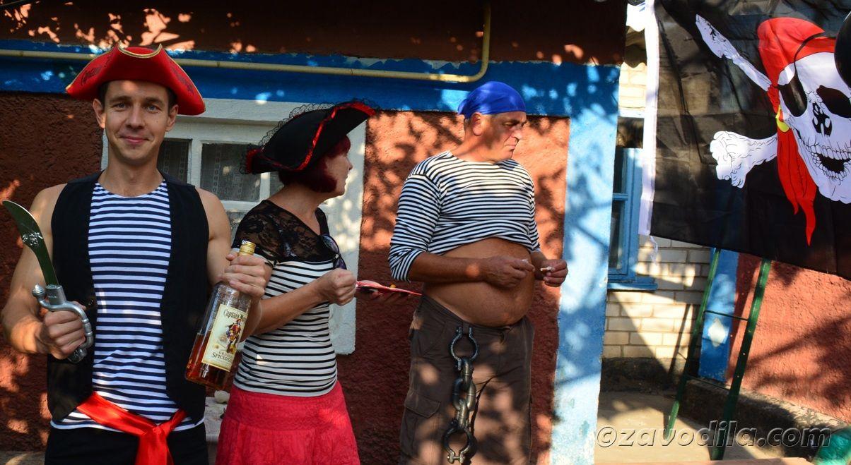иратская вечеринка: сценарий, меню, фото
