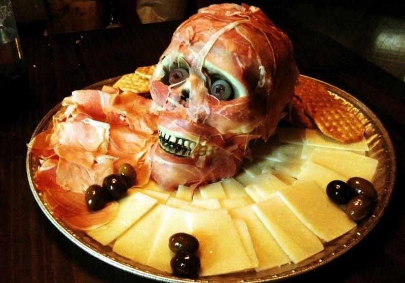 Рецепты оригинальных и устрашающих блюд на Хэллоуин