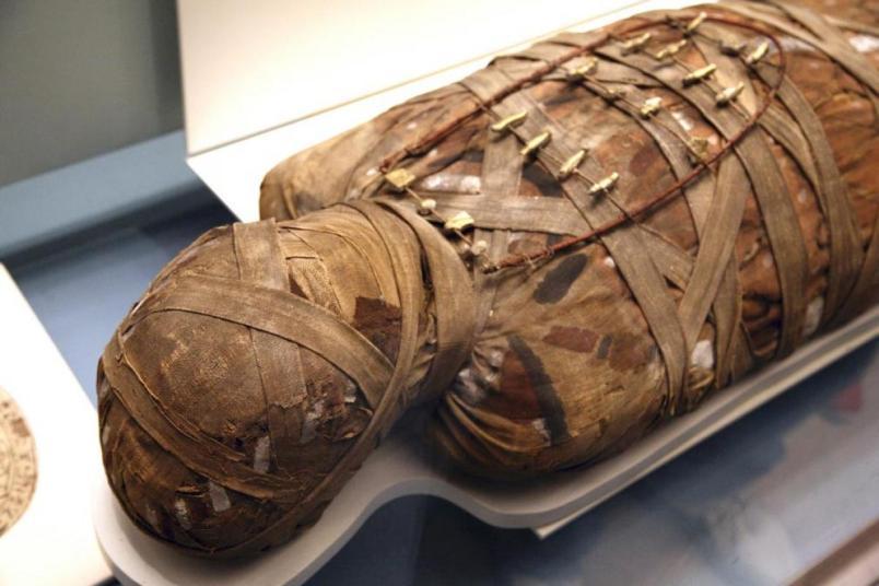мумия бутафорная из манекена